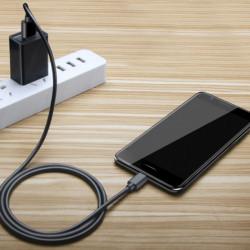 ŁADOWARKA SIECIOWA MAXLIFE MXTC-01 USB 1A CZARNA
